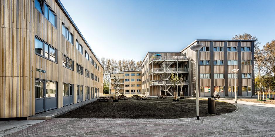 540 modulaire woningen voor jongeren en statushouders in Amsterdam Noord