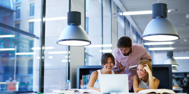 Verlichting van werkplekken inclusief bovengrens